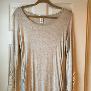 New, no tag Hailey and Co Layering top Medium